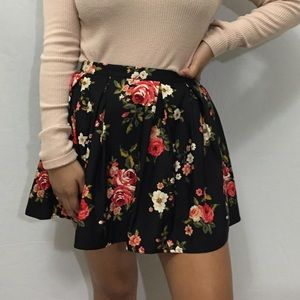 Forever 21 Black Floral Mini Skirt - Size 26